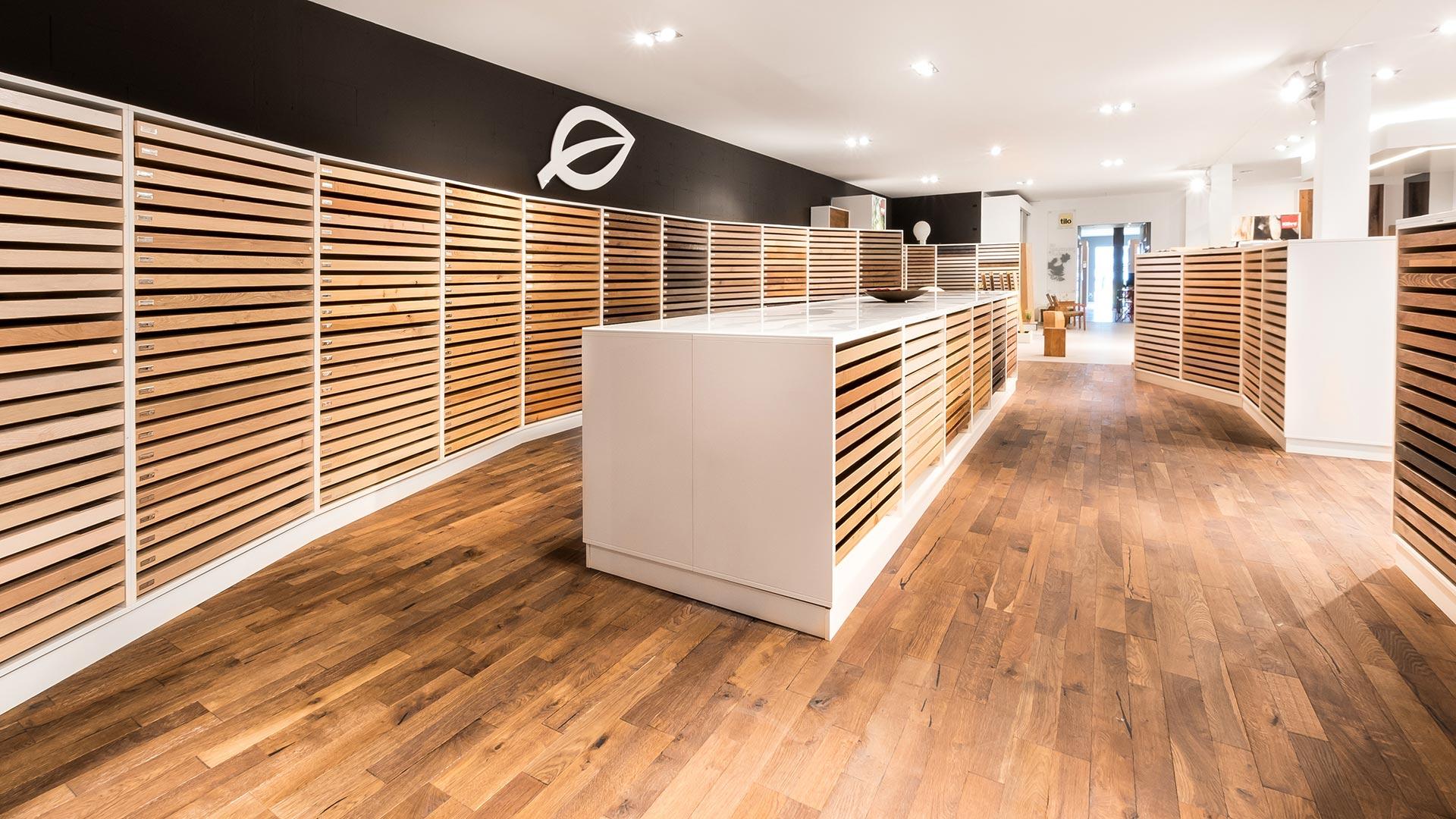 marx Holzhandel | einzigartige Ausstellung | in Neuried bei Offenburg