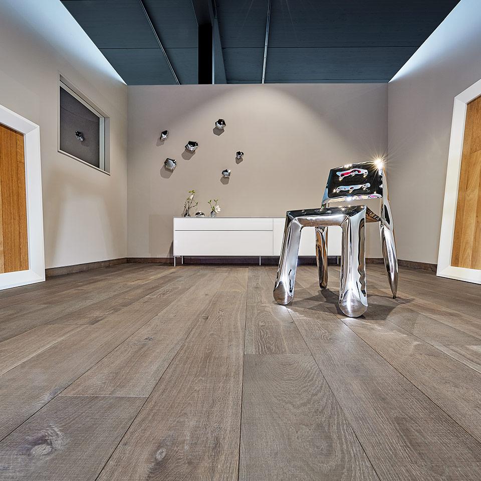 Mettre en gris | commerce du bois marx | exposition de sol moderne | à Neuried près de Strasbourg