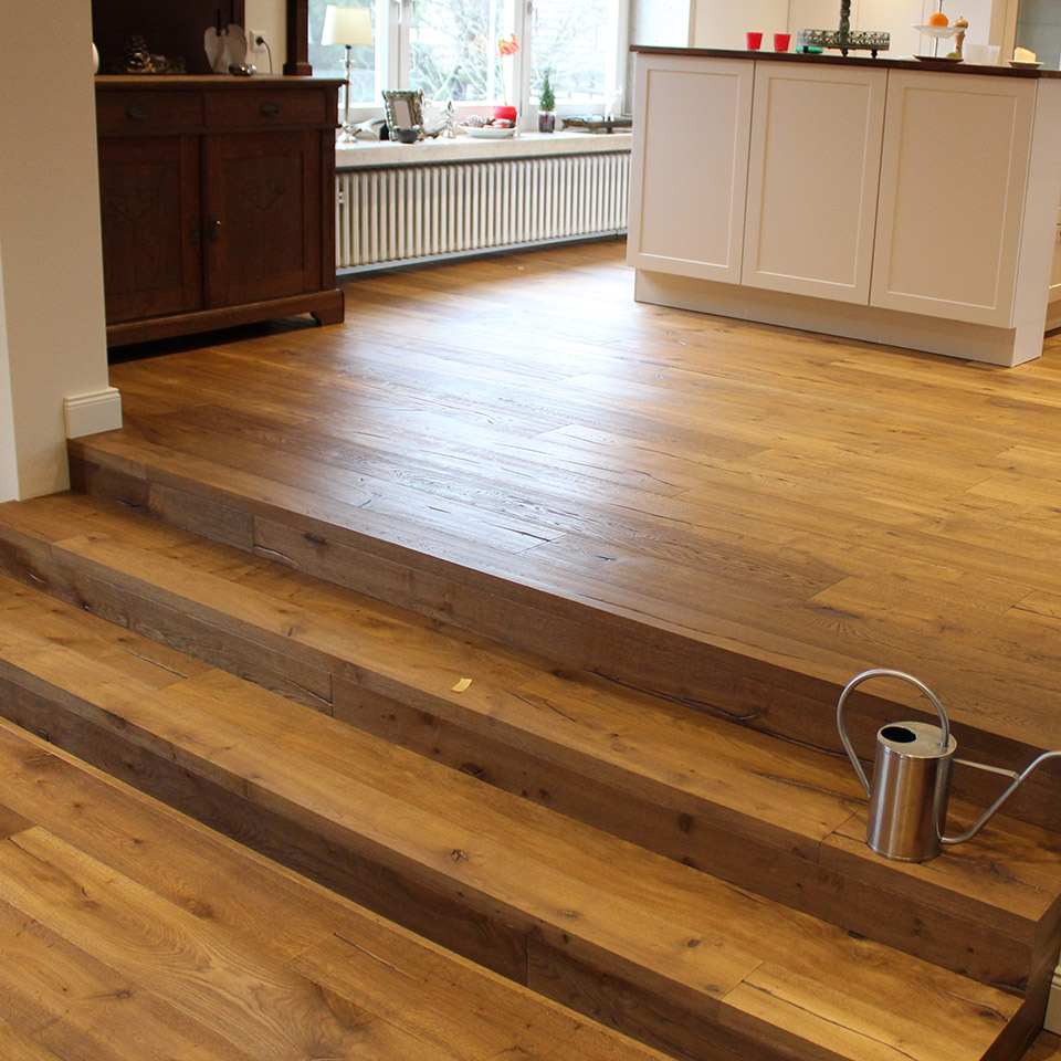 Landhausdiele auf Treppe | marx Holzhandel | Neuried bei Kehl