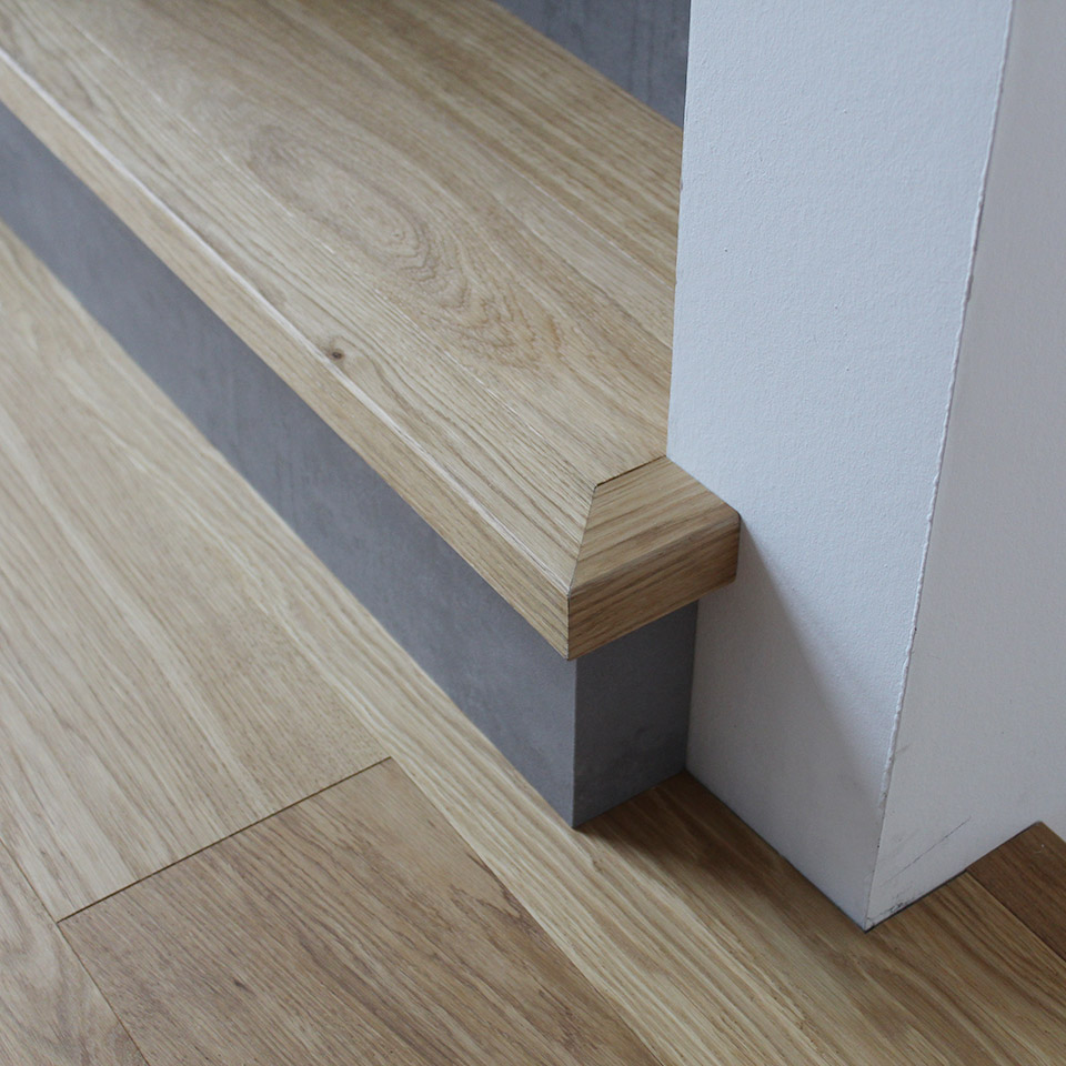 Treppe ohne Leiste | Referenzen | marx Holzhandel in Offenburg