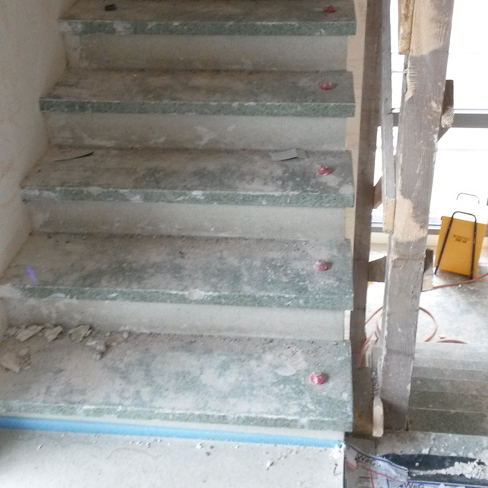 Treppe vor Umbau | Referenzen | marx Holzhandel in Offenburg