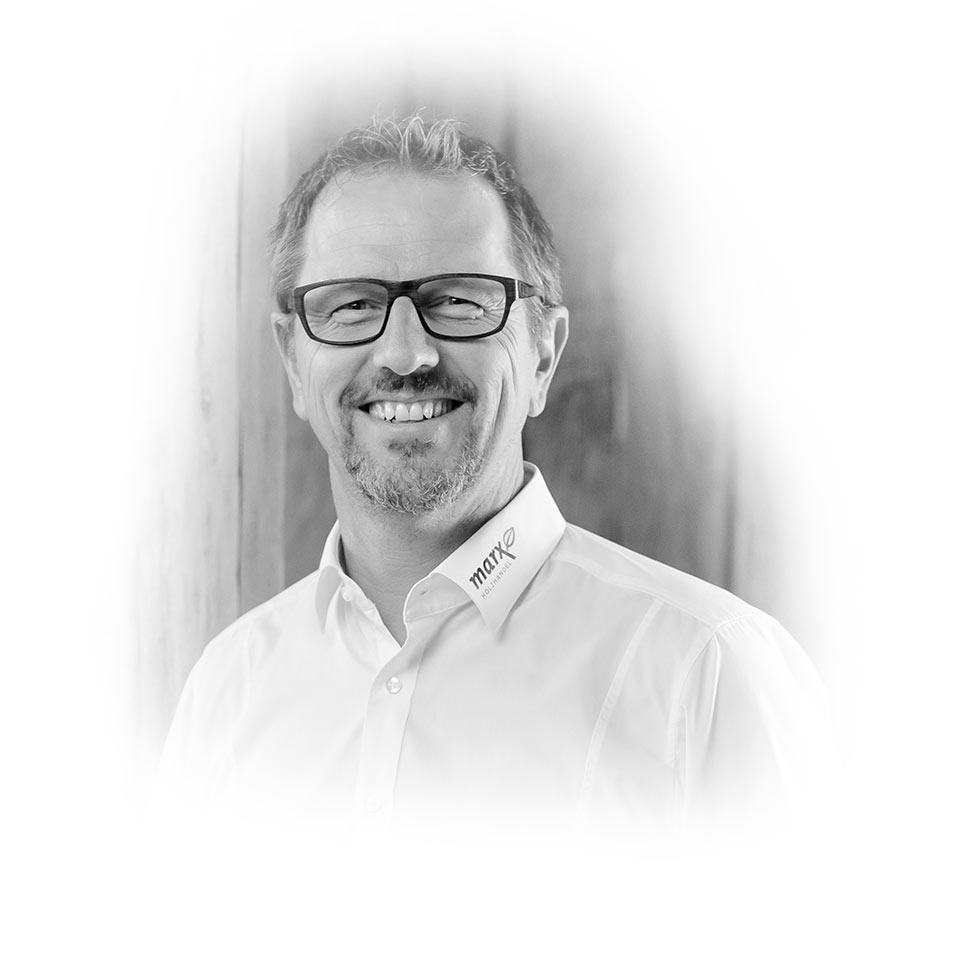 Mitarbeiter Martin Waldmann für Sicherheitsglas | marx Holzhandel in Appenweier