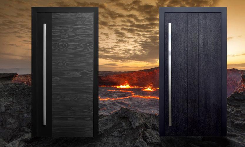 Verkohlte Shou-Sugi-Ban-Haustüren aus Holz