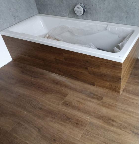 Referenz Badewanne und Designboden aus einem Guss | marx Design in Holz